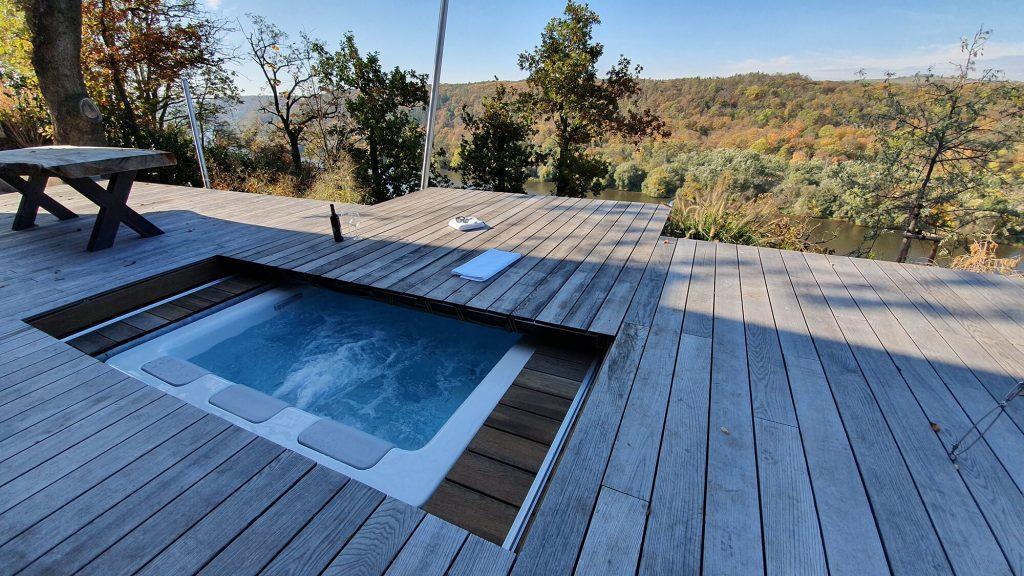 Pojízdné terasy k bazénu